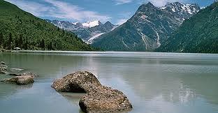 Amdo_lake