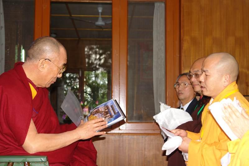 dalailama-8
