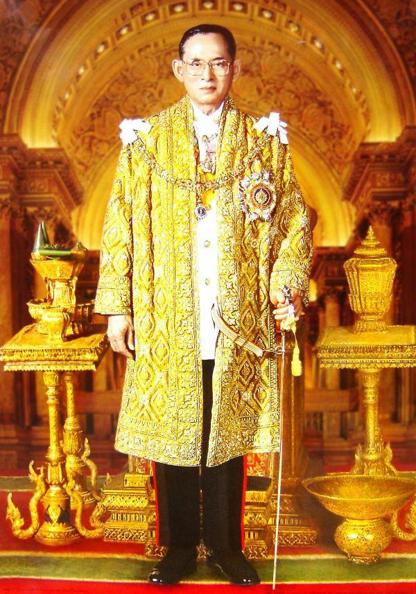 Vua Bhumibol Adulyadej-1a