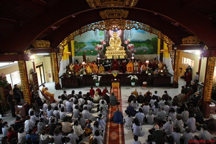 Duc Karmapa vieng tham Chua Khanh Anh (123)