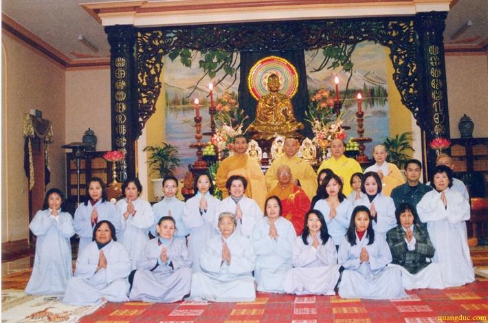 Cu Ba Duc Ngoc Mai Thi Phien (1)