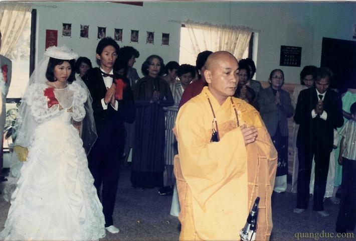 Hinh anh xua_Hoa Thuong Nhu Hue (49)