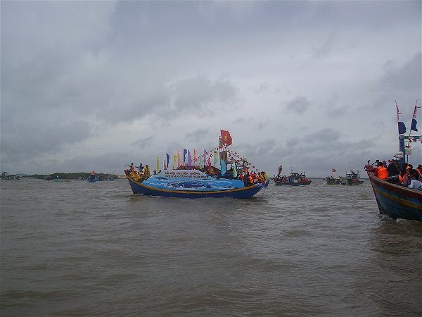 Le Hoi Nghinh Ong Can Gio 2013 (3)