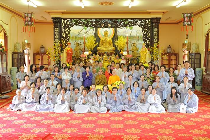 Cu Ba Duc Ngoc Mai Thi Phien (4)