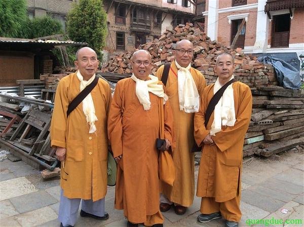 Giao Hoi Lien Chau uy lao Nepal (20)
