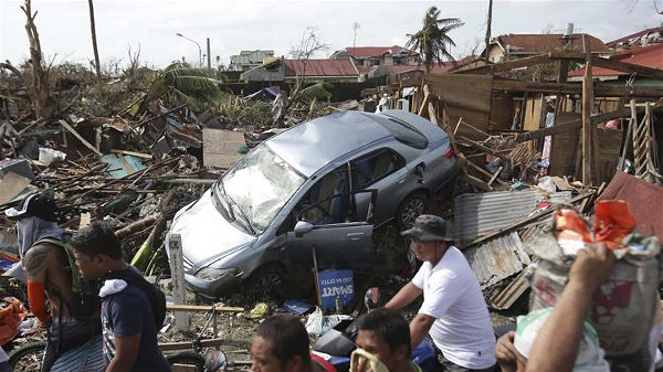 typhoon-haiyan-victims_6