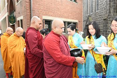 Vesak_2643_Melbourne city (5)