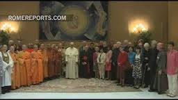 pope-francis-meets-with-buddhist-leaders