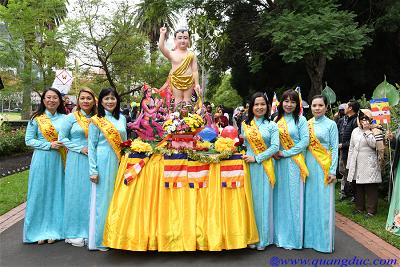 Vesak_2643_Melbourne city (50)
