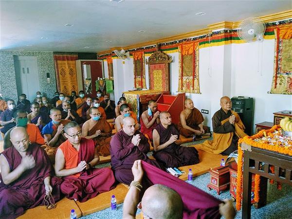Lễ cúng dường Trai Tăng trên xứ Phật-08