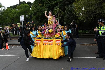 Vesak_2643_Melbourne city (79)