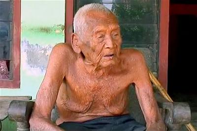 cu ong Mbah Ghoto 147 tuoi-6