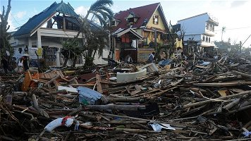 typhoon-haiyan-victims-2