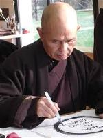 thich-nhat-hanh10