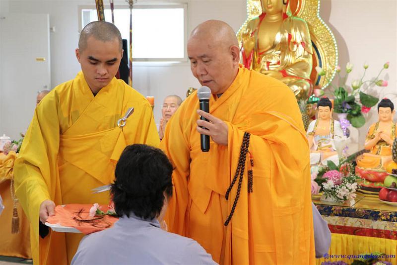 day 1-chua lien tam-le the phat (68)