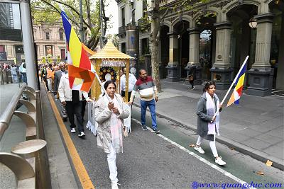 Vesak_2643_Melbourne city (114)