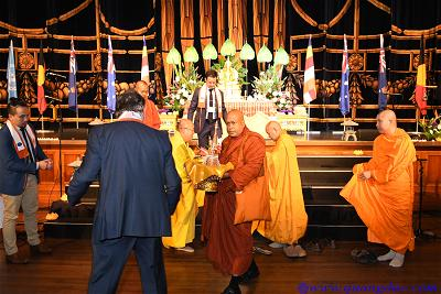 Vesak_2643_Melbourne city (329)