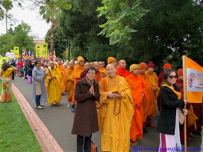 Vesak_2643_Melbourne city (45)