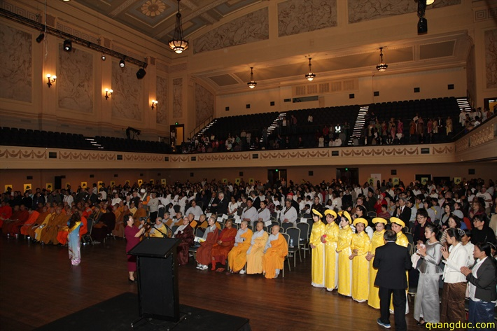 Vesak 2641_2017_Melbourne Town Hall (191)