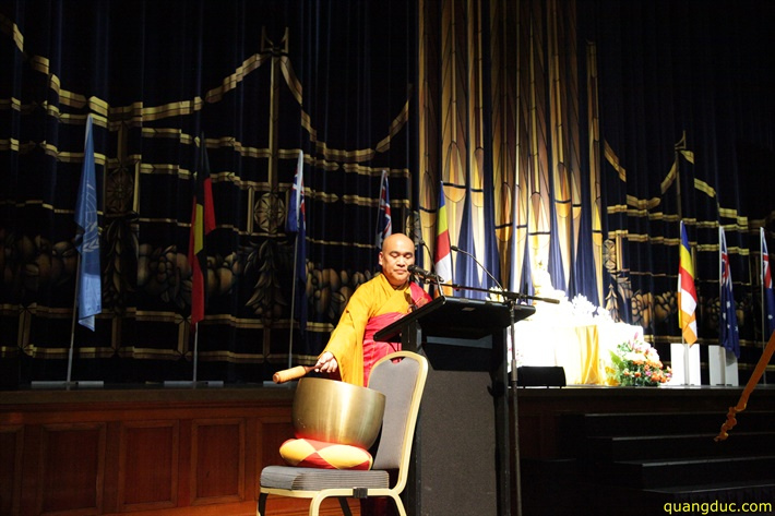 Vesak 2641_2017_Melbourne Town Hall (229)
