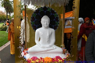 Vesak_2643_Melbourne city (63)