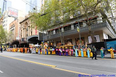 Vesak_2643_Melbourne city (179)