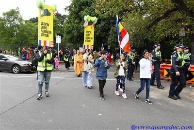 Vesak_2643_Melbourne city (68)
