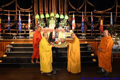 Vesak_2643_Melbourne city (330)