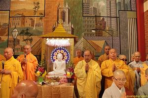 vesak-2641-2017-melbourne-town-hall-78-