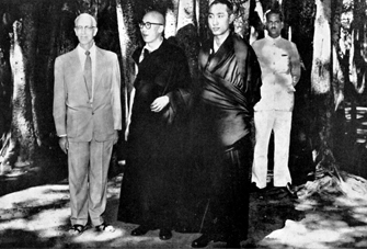 His Holiness the Panchen Lama and Dalai Lama 4