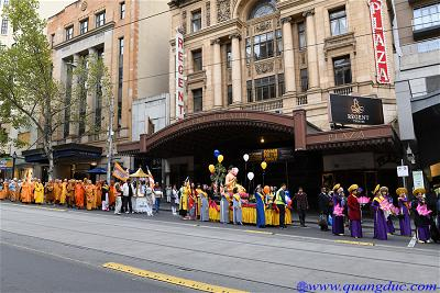 Vesak_2643_Melbourne city (174)