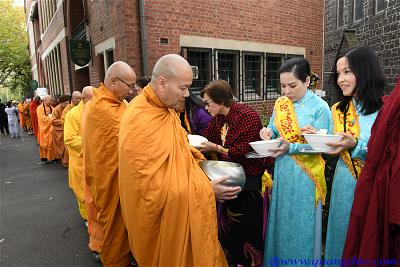 Vesak_2643_Melbourne city (6)