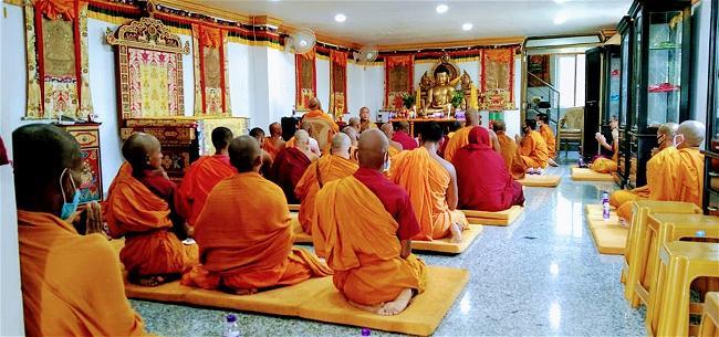 Lễ cúng dường Trai Tăng trên xứ Phật-24