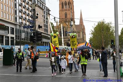 Vesak_2643_Melbourne city (180)