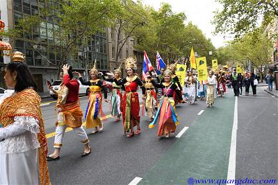 Vesak_2643_Melbourne city (134)