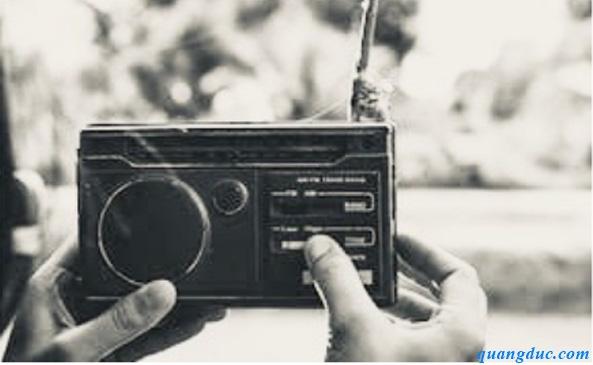 Cụ Già và Chiếc Radio Cũ (truyện ngắn của Thích Hạnh Phẩm, do PT ...