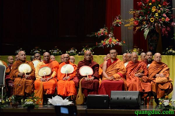 Vesak 2015_Melbourne city (190)
