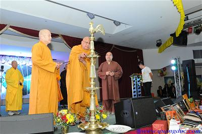 Frienship Vesak dinner 2019 (20)