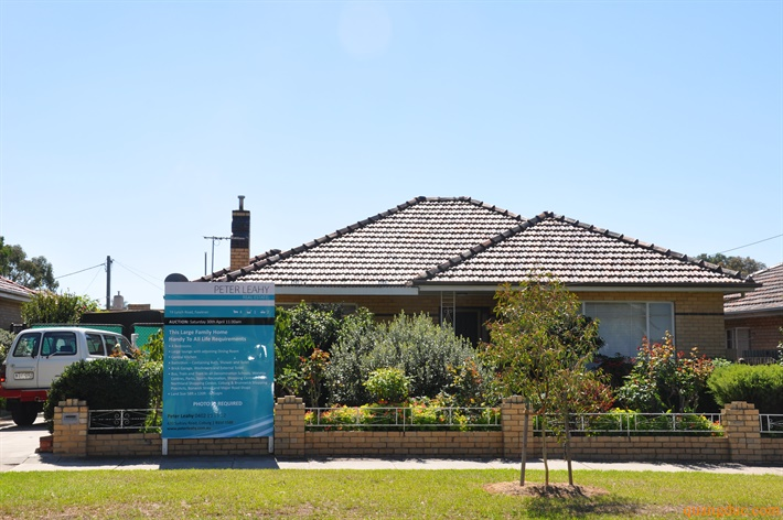 74 Lynch Rd Fawkner (2)