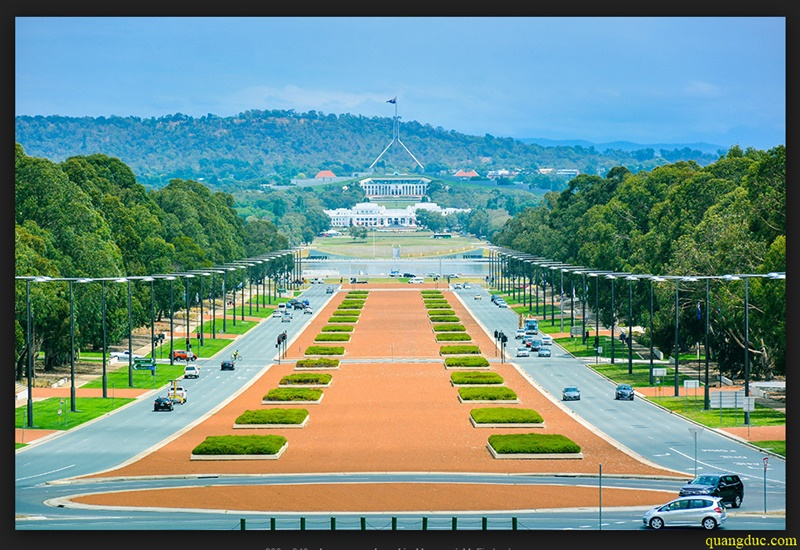 Canberra_2