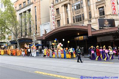Vesak_2643_Melbourne city (173)