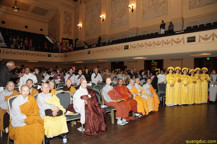 Vesak 2641_2017_Melbourne Town Hall (187)