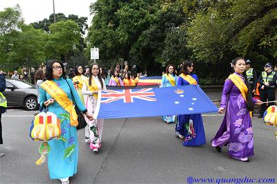 Vesak_2643_Melbourne city (74)