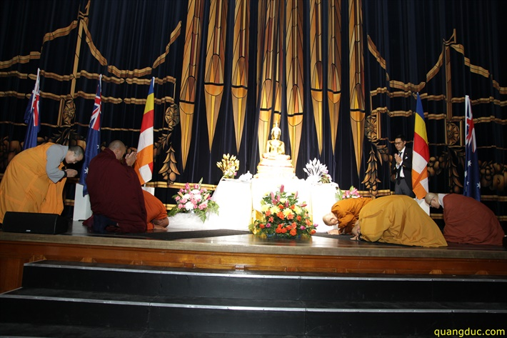 Vesak 2641_2017_Melbourne Town Hall (205)